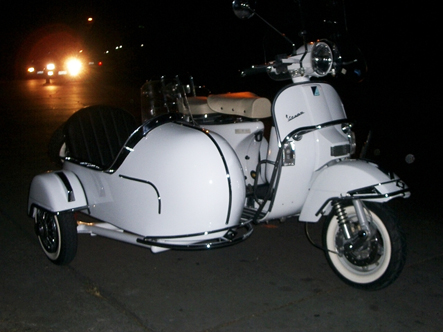 sidecar-vespa1.jpg